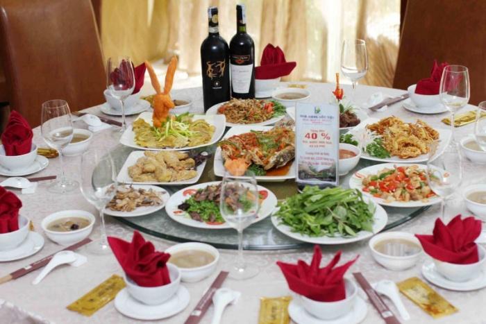 Nằm mơ thấy cỗ đám cưới các món ăn lẫn lộn bạn hãy ghi lô đề số: 15 - 30