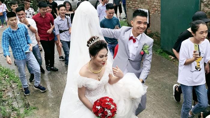Mơ thấy hình ảnh thầy giáo cưới vợ